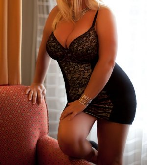 Venusia nuru massage in Mesa